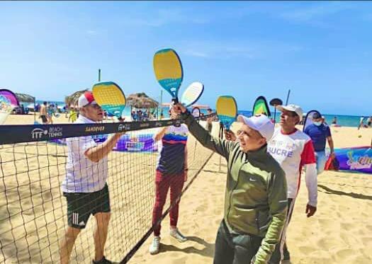 Tenis Playa en Sucre 12