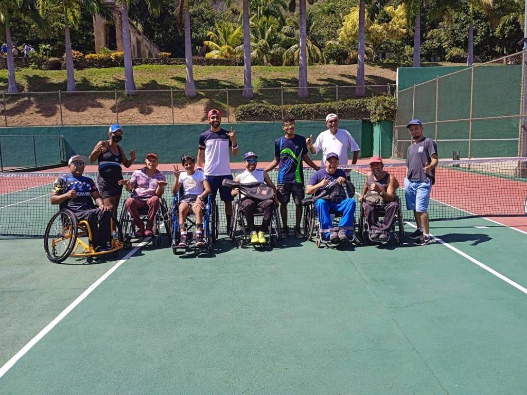 El Tenis Adaptado visita a la Escuela de Tenis Andrade 8