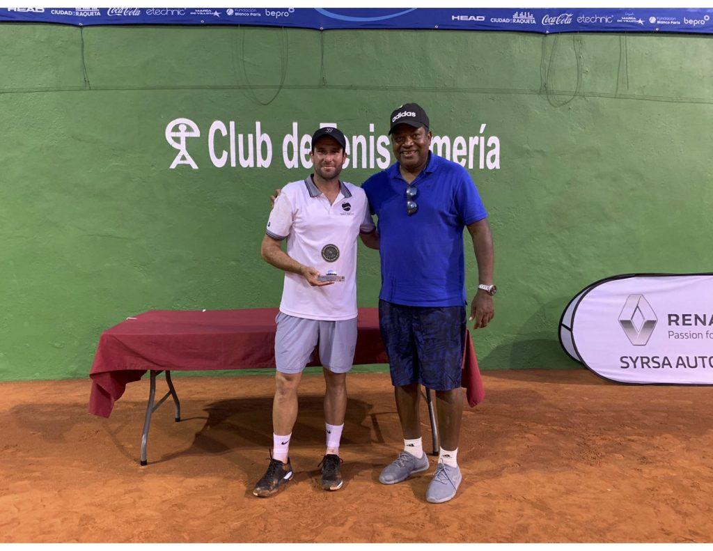 Condolencias de la Federación Venezolana de Tenis a Jordi Muñoz por la Muerte de su Querido Padre 4