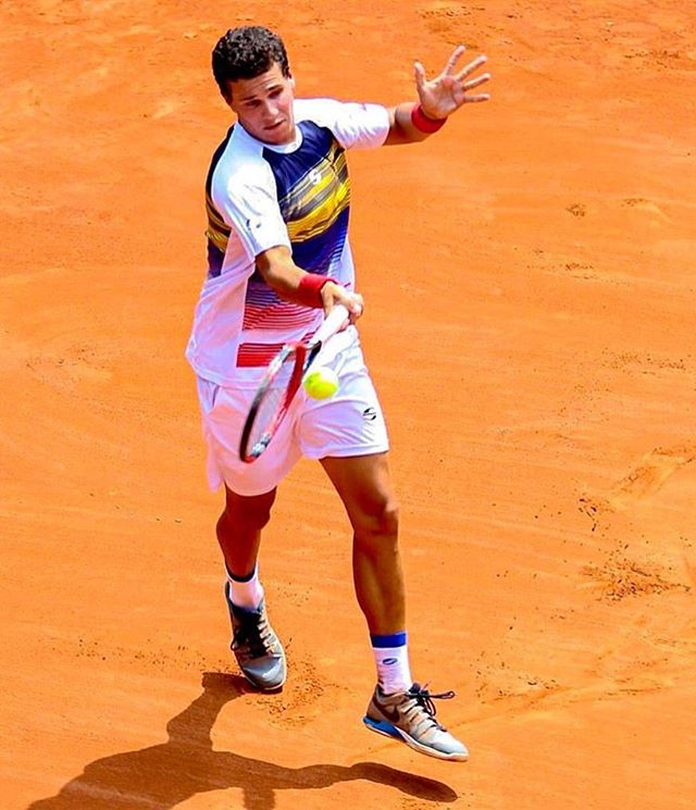 Luis David Martínez en Cuartos de Final 8