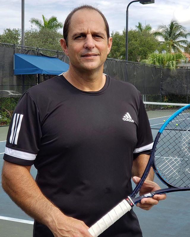 Nuevo Capitan de Copa Davis Maurice Ruah 4