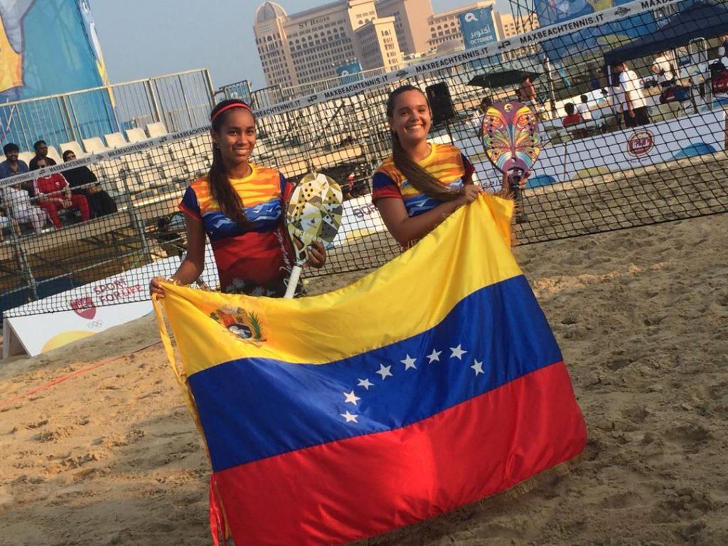 Ganaron las Venezolanas Iosune Roncal y Valentina Persad a las Portuguesas en el Mundial de Tenis Playa ACNO 4
