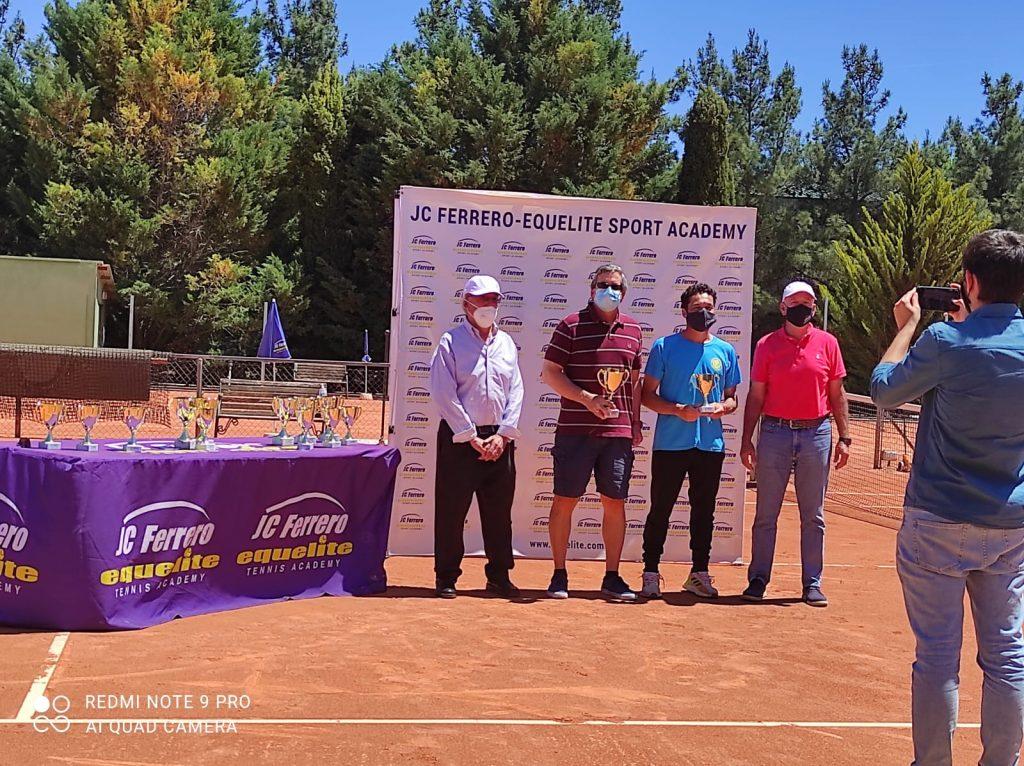 Perez: Campeón ITF +50 Copa Juan Carlos Ferrero 2