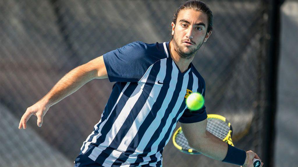 Dimitri Badra Freshman y Jugador del Año 6